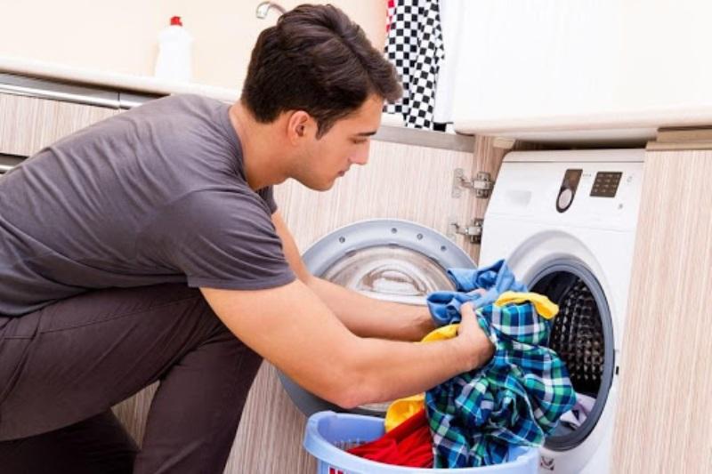 Mơ thấy mình rất khó chịu khi giặt quần áo